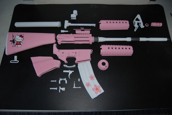 hello-kitty-ar-15-rifle-2